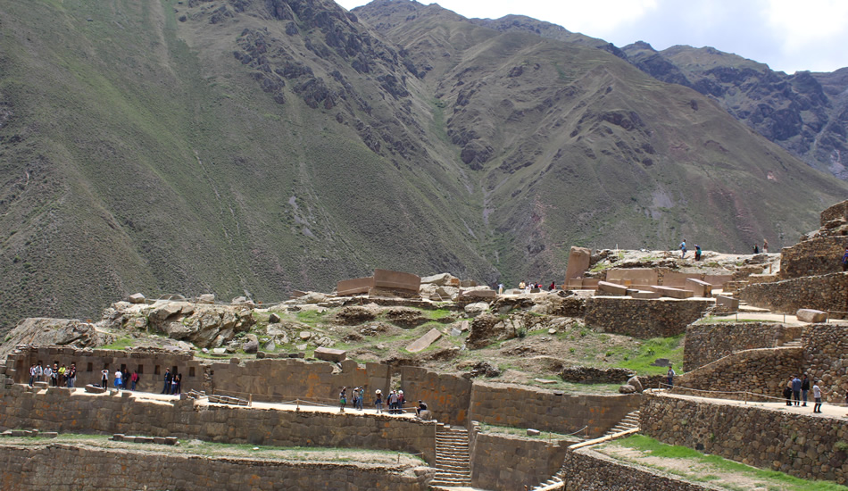 Sacred valley and Machu Picchu 2 days - Ollantaytambo inca rimains